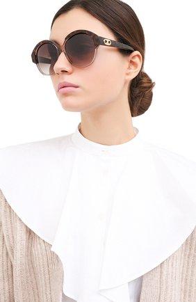 Женские солнцезащитные очки CELINE EYEWEAR коричневого цвета, арт. CL40154I 49F | Фото 2
