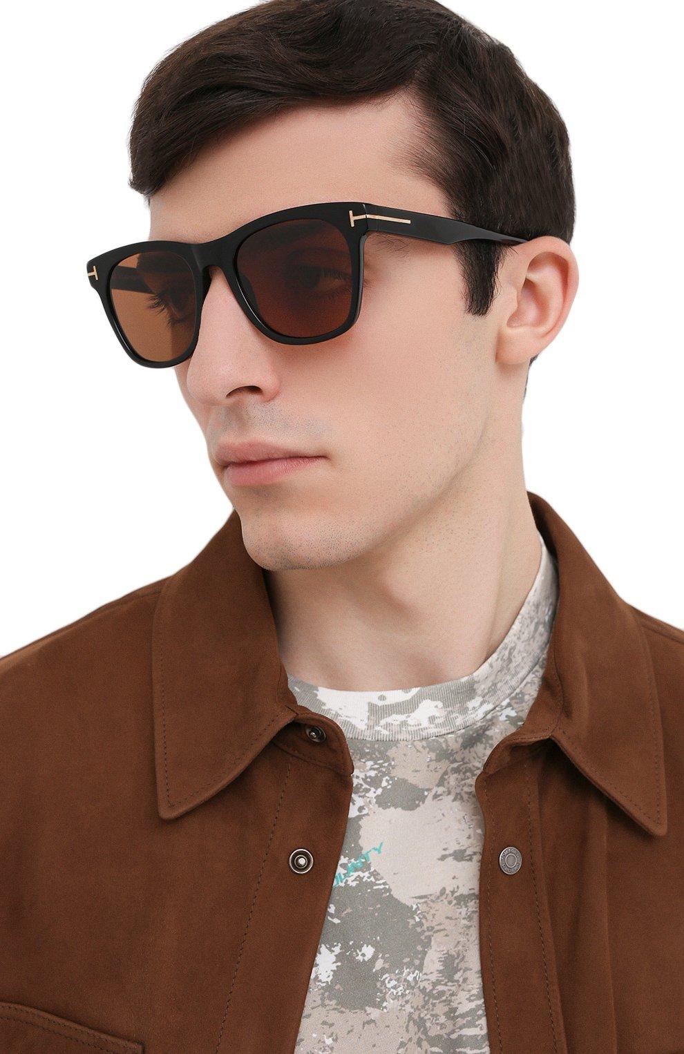 Мужские солнцезащитные очки TOM FORD коричневого цвета, арт. TF833 01E   Фото 2
