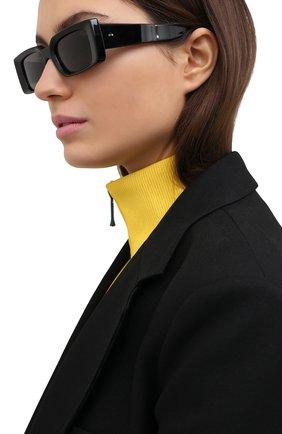 Женские солнцезащитные очки CUTLERANDGROSS черного цвета, арт. 136801 | Фото 2