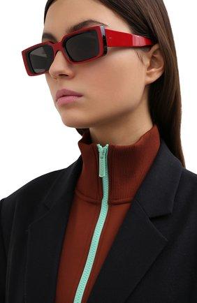 Женские солнцезащитные очки CUTLERANDGROSS красного цвета, арт. 136803 | Фото 2
