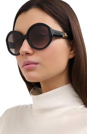 Женские солнцезащитные очки PRADA черного цвета, арт. 22XS-1AB0A7 | Фото 2