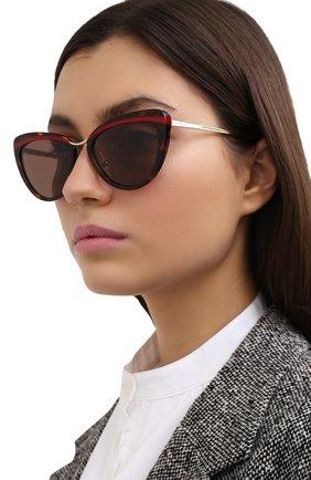 Женские солнцезащитные очки PRADA коричневого цвета, арт. 25XS-32006B | Фото 2