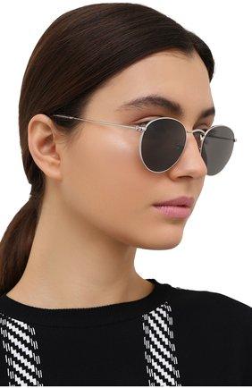 Женские солнцезащитные очки RAY-BAN серого цвета, арт. 3447-9198B1 | Фото 2