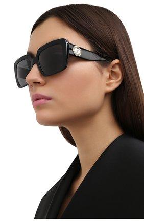Женские солнцезащитные очки VERSACE черного цвета, арт. 4384B-GB1/87   Фото 2 (Тип очков: С/з; Оптика Гендер: оптика-женское; Очки форма: Квадратные)