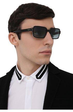 Женские солнцезащитные очки RAY-BAN черного цвета, арт. 2189-12943M | Фото 3