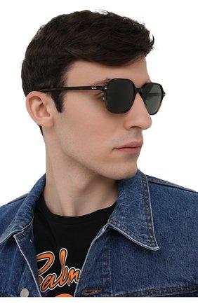 Женские солнцезащитные очки RAY-BAN коричневого цвета, арт. 2194-902/31 | Фото 3
