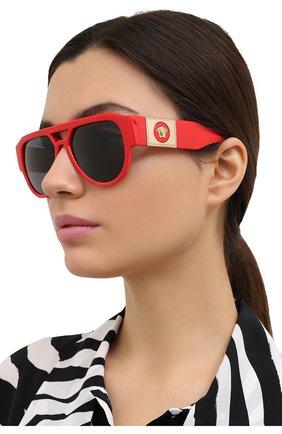 Женские солнцезащитные очки VERSACE красного цвета, арт. 4401-530987 | Фото 2