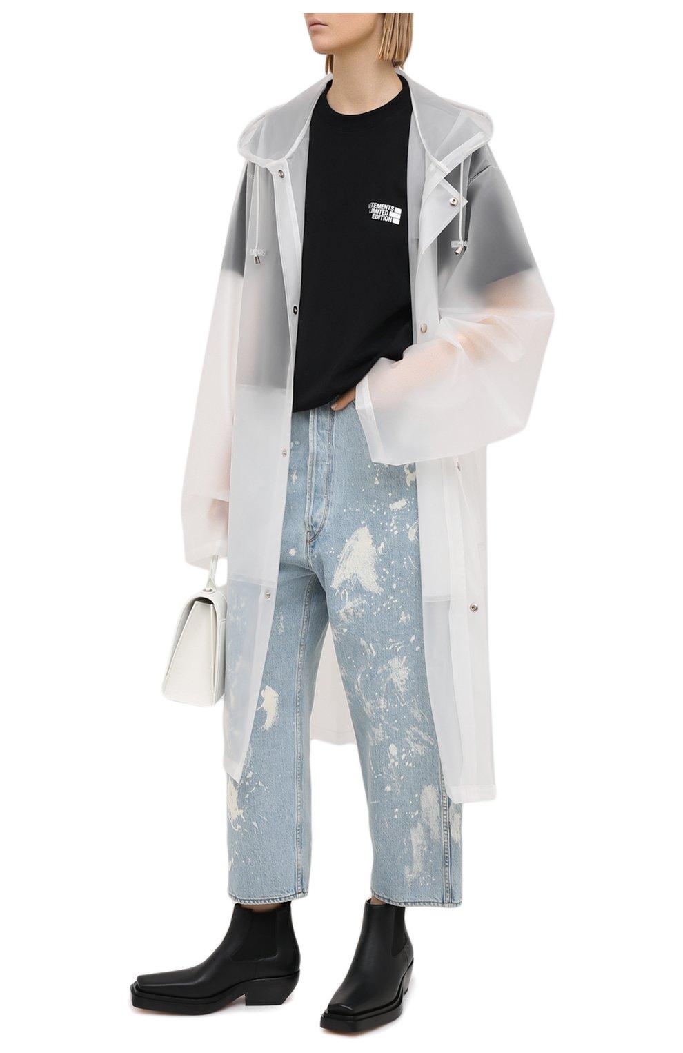Женские джинсы GOLDEN GOOSE DELUXE BRAND голубого цвета, арт. GWP00107.P000416   Фото 2