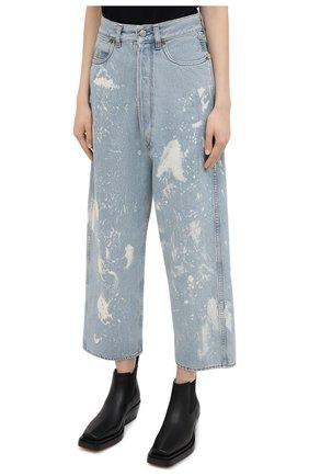 Женские джинсы GOLDEN GOOSE DELUXE BRAND голубого цвета, арт. GWP00107.P000416   Фото 3