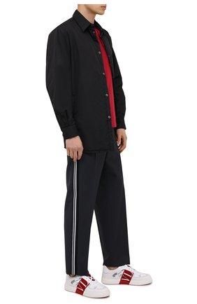 Мужские шерстяные брюки VALENTINO серого цвета, арт. VV3RBG0171K | Фото 2 (Случай: Повседневный; Материал внешний: Шерсть; Стили: Кэжуэл; Длина (брюки, джинсы): Стандартные)