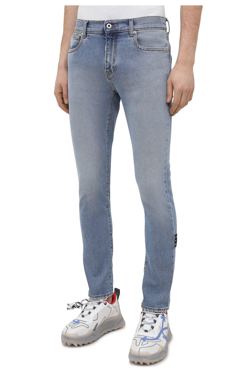 Мужские джинсы OFF-WHITE синего цвета, арт. 0MYA074R21DEN002 | Фото 3 (Силуэт М (брюки): Узкие; Кросс-КТ: Деним; Длина (брюки, джинсы): Стандартные; Стили: Гранж; Материал внешний: Хлопок; Детали: Потертости)