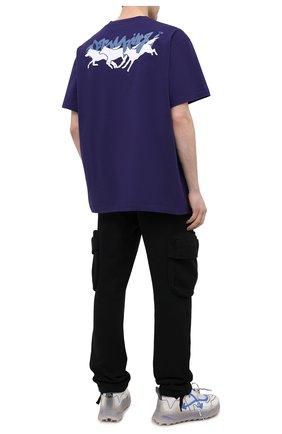 Мужская хлопковая футболка OFF-WHITE фиолетового цвета, арт. 0MAA038R21JER006   Фото 2 (Стили: Гранж; Материал внешний: Хлопок; Принт: С принтом; Мужское Кросс-КТ: Футболка-одежда; Длина (для топов): Удлиненные; Рукава: Короткие)