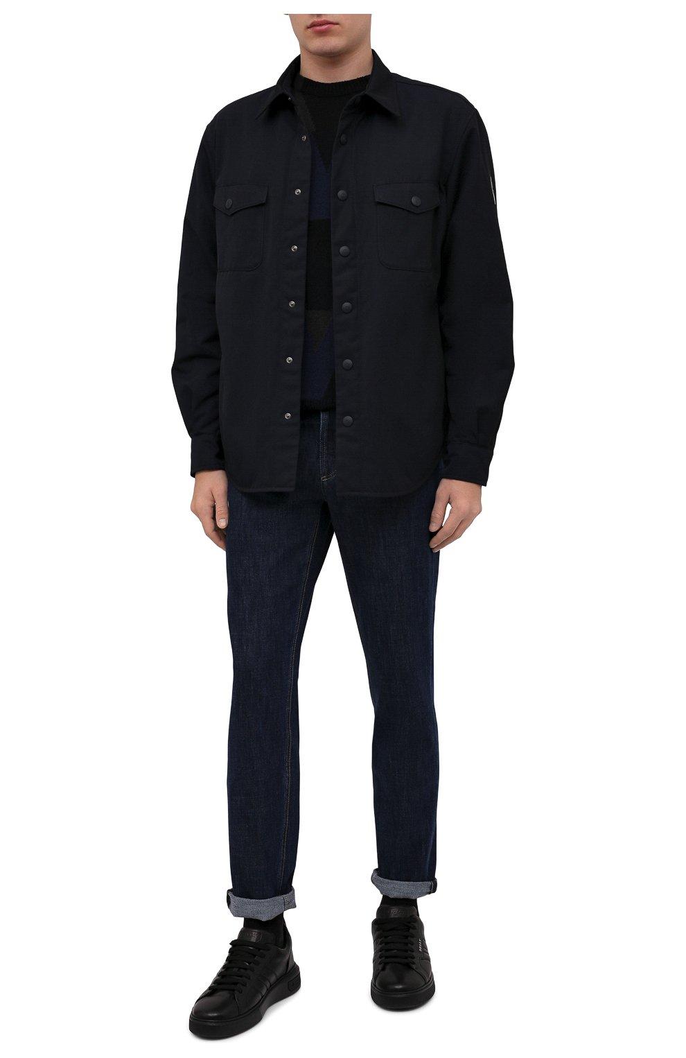 Мужские джинсы BRUNELLO CUCINELLI темно-синего цвета, арт. M0Z37B2210   Фото 2 (Силуэт М (брюки): Прямые; Кросс-КТ: Деним; Длина (брюки, джинсы): Стандартные; Материал внешний: Хлопок; Стили: Кэжуэл)