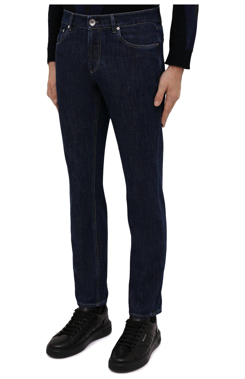 Мужские джинсы BRUNELLO CUCINELLI темно-синего цвета, арт. M0Z37B2210   Фото 3 (Силуэт М (брюки): Прямые; Кросс-КТ: Деним; Длина (брюки, джинсы): Стандартные; Материал внешний: Хлопок; Стили: Кэжуэл)