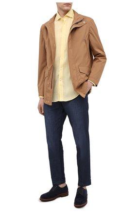 Мужская льняная рубашка BRUNELLO CUCINELLI желтого цвета, арт. MB6080028 | Фото 2 (Манжеты: На пуговицах; Материал внешний: Лен; Рубашки М: Classic Fit; Принт: Однотонные; Рукава: Длинные; Длина (для топов): Стандартные; Случай: Повседневный; Стили: Кэжуэл; Воротник: Мандарин)