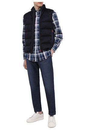 Мужская рубашка из хлопка и льна BRUNELLO CUCINELLI темно-синего цвета, арт. MW6660028 | Фото 2 (Принт: Клетка; Стили: Кэжуэл; Рукава: Длинные; Длина (для топов): Стандартные; Манжеты: На пуговицах; Материал внешний: Хлопок; Рубашки М: Regular Fit; Случай: Повседневный; Воротник: Акула)