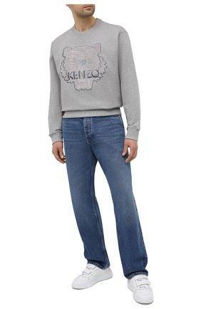 Мужской хлопковый свитшот KENZO светло-серого цвета, арт. FA65SW1104XJ | Фото 2 (Материал внешний: Хлопок; Стили: Гранж; Мужское Кросс-КТ: свитшот-одежда; Принт: С принтом; Рукава: Длинные; Длина (для топов): Стандартные)