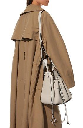 Женская сумка hammock small LOEWE белого цвета, арт. 314.12.Z95 | Фото 2 (Материал: Натуральная кожа; Ремень/цепочка: На ремешке; Размер: small; Сумки-технические: Сумки через плечо, Сумки top-handle)
