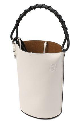 Женская сумка gate bucket LOEWE белого цвета, арт. 329.56.Z85   Фото 4 (Сумки-технические: Сумки через плечо, Сумки top-handle; Размер: medium, small; Материал: Натуральная кожа; Ремень/цепочка: На ремешке)