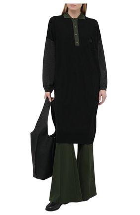 Женское шерстяное платье LOEWE хаки цвета, арт. S540Y15K16 | Фото 2 (Стили: Кэжуэл; Кросс-КТ: Трикотаж; Случай: Повседневный; Материал внешний: Шерсть; Длина Ж (юбки, платья, шорты): До колена; Рукава: Длинные)
