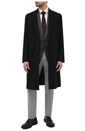 Мужской пиджак из шерсти и шелка TOM FORD серого цвета, арт. 918R33/15ER40 | Фото 2 (Длина (для топов): Стандартные; Пиджаки М: Приталенный; Материал внешний: Шерсть; Материал подклада: Шелк, Купро; Стили: Классический; Случай: Формальный; Рукава: Длинные; 1-2-бортные: Однобортные)