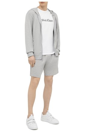 Мужская хлопковая футболка CALVIN KLEIN белого цвета, арт. NM1129E | Фото 2 (Рукава: Короткие; Длина (для топов): Стандартные; Материал внешний: Хлопок; Кросс-КТ: домашняя одежда; Мужское Кросс-КТ: Футболка-белье)
