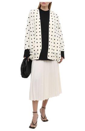 Женская накидка из шерсти и шелка VALENTINO черно-белого цвета, арт. VB3CE26064W | Фото 2