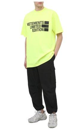 Мужская хлопковая футболка VETEMENTS светло-зеленого цвета, арт. UE51TR810Y 1611/M   Фото 2