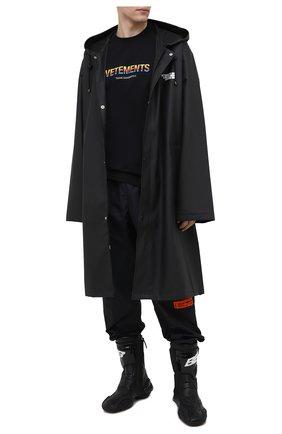 Мужская хлопковая футболка VETEMENTS черного цвета, арт. UE51TR620B 1611/M   Фото 2