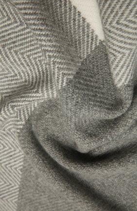 Женский кашемировый шарф LORO PIANA светло-серого цвета, арт. FAL3990 | Фото 2 (Материал: Кашемир, Шерсть; Принт: С принтом)