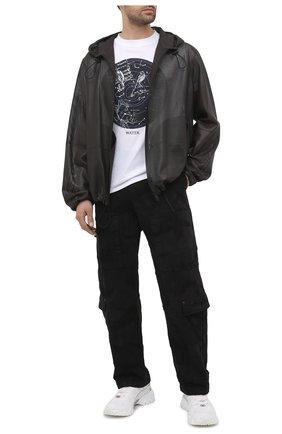 Мужские джинсы VALENTINO черного цвета, арт. VV3DD00R724   Фото 2