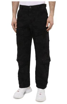 Мужские джинсы VALENTINO черного цвета, арт. VV3DD00R724   Фото 3 (Силуэт М (брюки): Широкие; Кросс-КТ: Деним; Длина (брюки, джинсы): Стандартные; Стили: Гранж; Материал внешний: Хлопок, Деним)