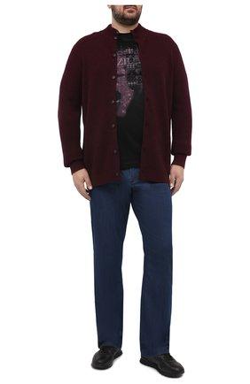 Мужской кашемировый кардиган KITON красного цвета, арт. UK1238L | Фото 2 (Материал внешний: Кашемир, Шерсть; Стили: Кэжуэл; Big sizes: Big Sizes; Длина (для топов): Удлиненные; Мужское Кросс-КТ: Кардиган-одежда; Рукава: Длинные)