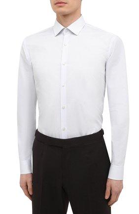 Мужская хлопковая сорочка HUGO белого цвета, арт. 50443550 | Фото 3 (Манжеты: На пуговицах; Принт: Клетка; Воротник: Кент; Рукава: Длинные; Длина (для топов): Стандартные; Рубашки М: Slim Fit; Материал внешний: Хлопок; Стили: Классический; Случай: Формальный)