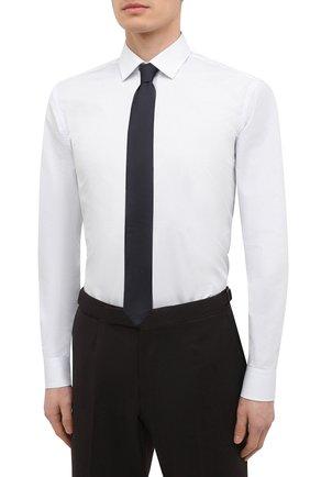 Мужская хлопковая сорочка HUGO белого цвета, арт. 50443550 | Фото 4 (Манжеты: На пуговицах; Принт: Клетка; Воротник: Кент; Рукава: Длинные; Длина (для топов): Стандартные; Рубашки М: Slim Fit; Материал внешний: Хлопок; Стили: Классический; Случай: Формальный)