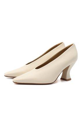 Женские кожаные туфли almond BOTTEGA VENETA кремвого цвета, арт. 608839/VBSD0 | Фото 1