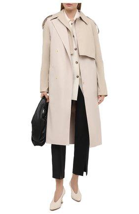 Женские кожаные туфли almond BOTTEGA VENETA кремвого цвета, арт. 608839/VBSD0 | Фото 2