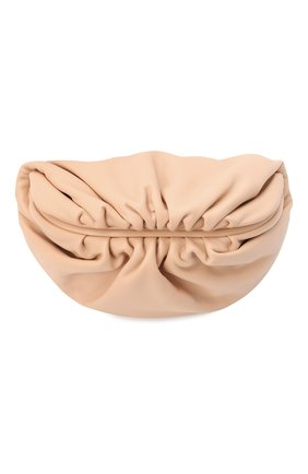 Женская поясная сумка chain pouch BOTTEGA VENETA бежевого цвета, арт. 651445/VCP41 | Фото 1 (Материал: Натуральная кожа; Стили: Классический; Размер: small)