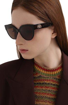 Женские солнцезащитные очки BALENCIAGA коричневого цвета, арт. BB0050S 002 | Фото 2