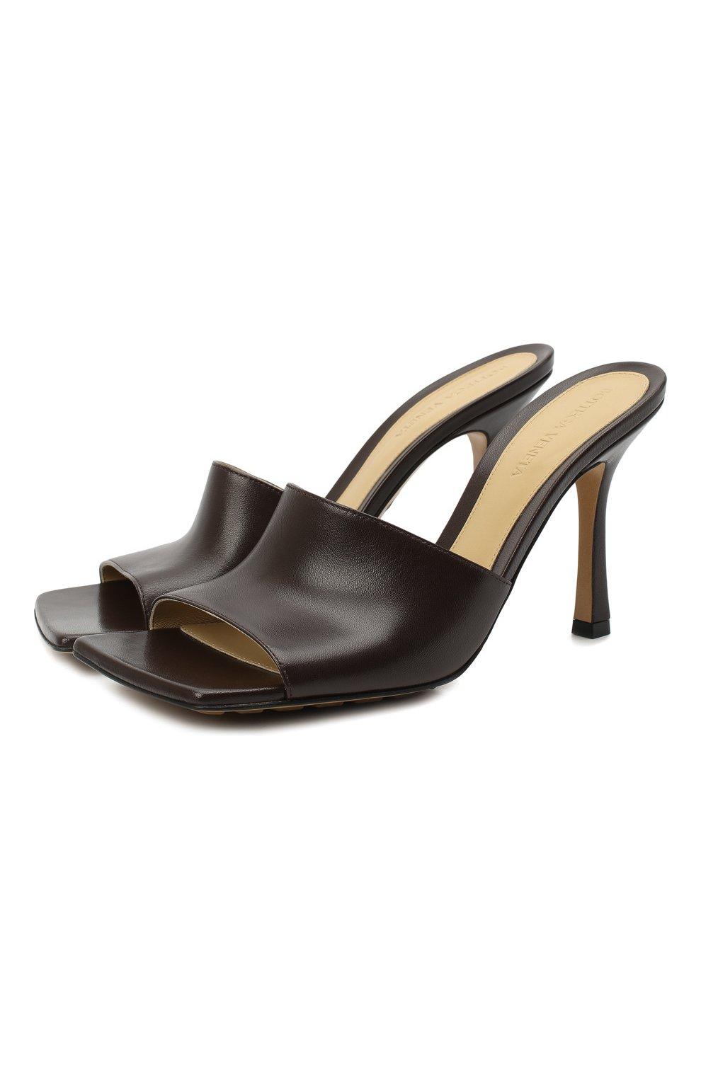 Женские кожаные мюли the stretch BOTTEGA VENETA коричневого цвета, арт. 610538/VBSF0 | Фото 1 (Каблук высота: Высокий; Материал внутренний: Натуральная кожа; Каблук тип: Шпилька; Подошва: Плоская)