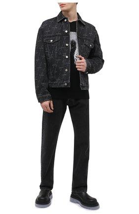 Мужская джинсовая куртка BALENCIAGA серого цвета, арт. 620731/TJW41 | Фото 2 (Длина (верхняя одежда): Короткие; Рукава: Длинные; Стили: Гранж; Кросс-КТ: Деним, Куртка; Материал внешний: Хлопок, Деним)
