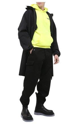 Мужской хлопковое худи BALENCIAGA желтого цвета, арт. 600583/TJVD4 | Фото 2 (Принт: С принтом; Рукава: Длинные; Длина (для топов): Стандартные; Мужское Кросс-КТ: Худи-одежда; Стили: Гранж; Материал внешний: Хлопок)