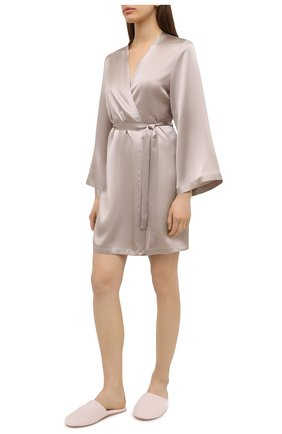 Женский халат MARJOLAINE светло-серого цвета, арт. Laser | Фото 2