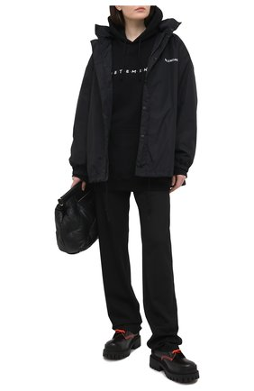 Женский хлопковое худи VETEMENTS черного цвета, арт. UE51TR350B 1604/W | Фото 2
