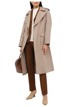 Женские кожаные туфли BOTTEGA VENETA бежевого цвета, арт. 652474/VBSD0 | Фото 2