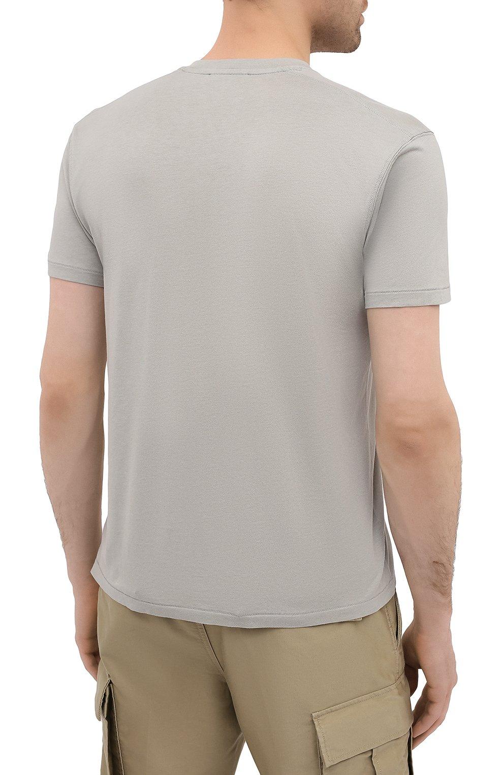 Мужская футболка TOM FORD светло-серого цвета, арт. BW229/TFJ950 | Фото 4 (Принт: Без принта; Рукава: Короткие; Длина (для топов): Стандартные; Материал внешний: Хлопок, Лиоцелл; Стили: Кэжуэл)