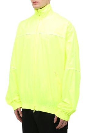 Мужской бомбер BALENCIAGA светло-зеленого цвета, арт. 642337/TJ0C1 | Фото 3 (Кросс-КТ: Куртка; Рукава: Длинные; Принт: Без принта; Длина (верхняя одежда): До середины бедра; Материал внешний: Синтетический материал; Стили: Гранж; Материал подклада: Синтетический материал)