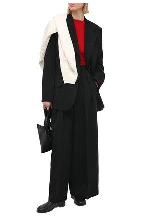 Женский пуловер из вискозы BOTTEGA VENETA красного цвета, арт. 647547/VKJK0   Фото 2 (Женское Кросс-КТ: Пуловер-одежда; Рукава: Длинные; Материал внешний: Синтетический материал, Вискоза; Длина (для топов): Стандартные; Стили: Гламурный)