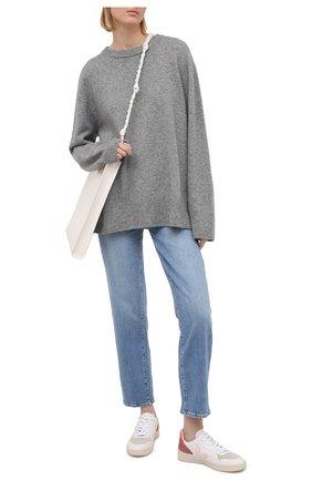 Женские джинсы PAIGE голубого цвета, арт. 6501B61-3703 | Фото 2