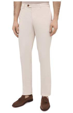 Мужские хлопковые брюки BRUNELLO CUCINELLI белого цвета, арт. M289LB1770 | Фото 3 (Силуэт М (брюки): Чиносы; Длина (брюки, джинсы): Стандартные; Случай: Повседневный; Материал внешний: Хлопок; Стили: Кэжуэл)